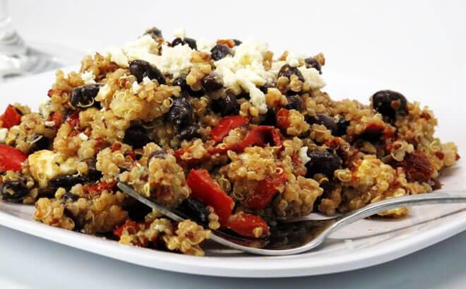 balsamic-quinoa-salad.jpg